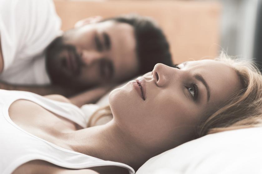 Tévedés, hogy szülés után 6 héttel máris indulhat a házasélet: minden nőnél más a gyermekágyas időszak