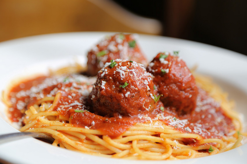 húsgombócosspagetti
