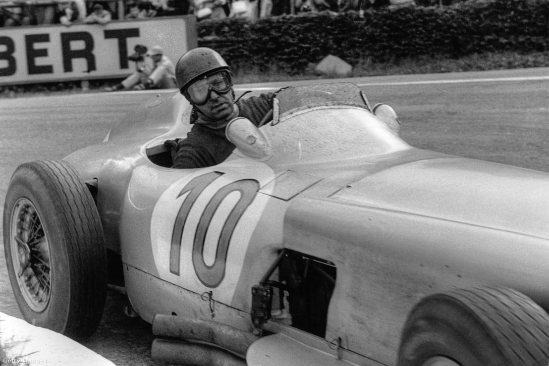 Juan Manuel Fangio a Belga Nagydíjon 1955-ben.