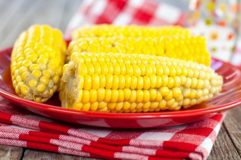 Így készül a tökéletes főtt kukorica: otthon is ehetsz olyat, mint a strandon