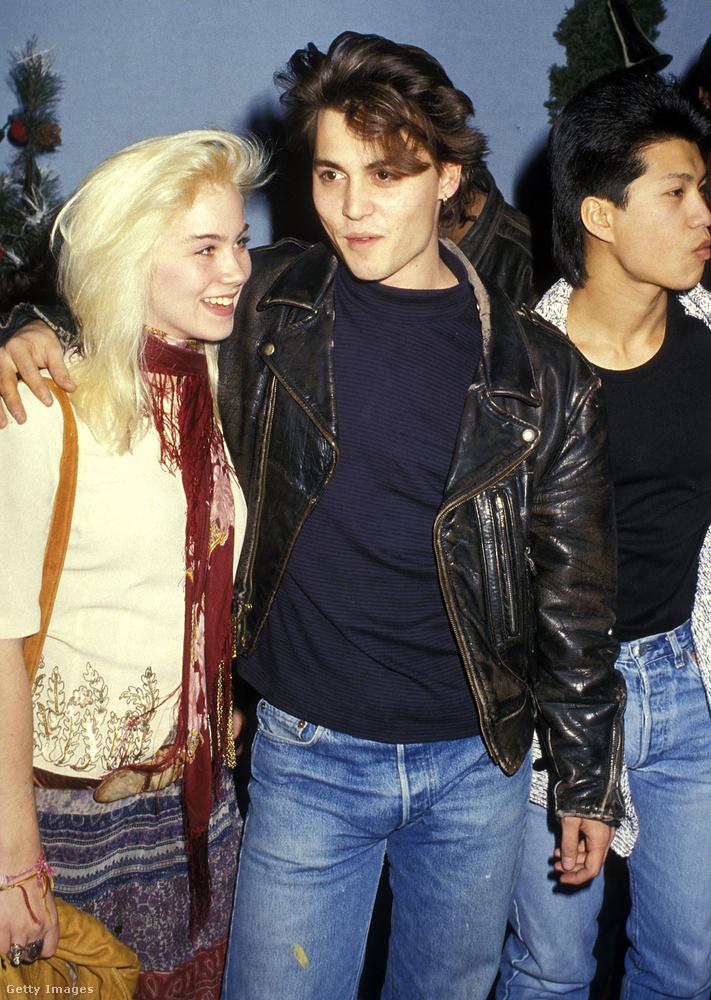 1987-ben így karolta át Johnny Depp az akkor még csak pár hónapja indult Rém rendes családból ismert Christina Applegate-et