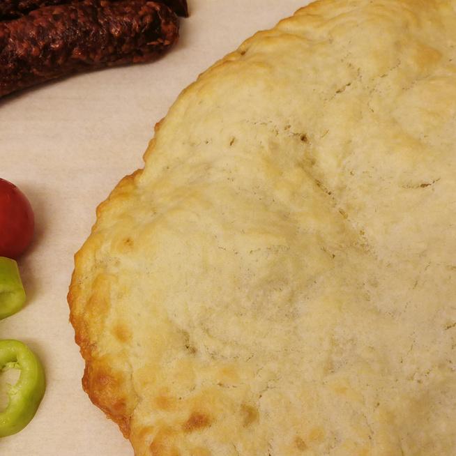 Aranybarna, ropogós bodag: a cigány lapos kenyér élesztő és kelesztés nélkül készül