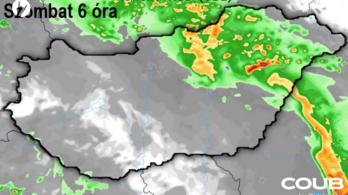 Éjjel nagy eső érkezik, és a hétvége is csapadékos lesz