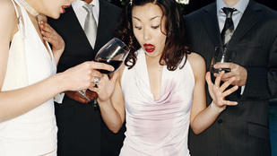 Így távolítsd el a vörösborfoltot hatékonyan, vegyszer nélkül