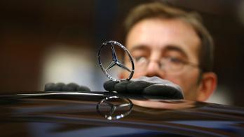 Húszezer munkahelyet tervez megszüntetni a Mercedes anyavállalata