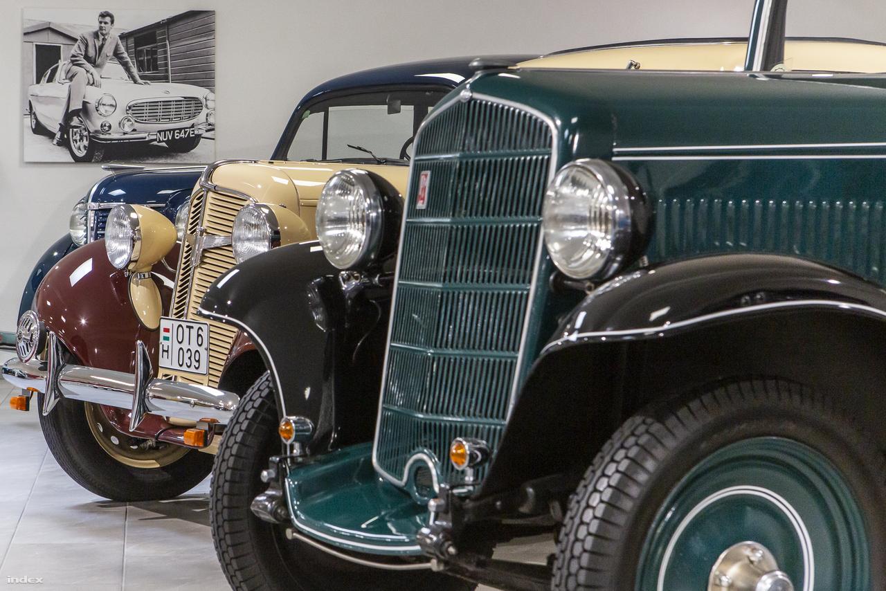 A múzeumnak két, autókat bemutató föld alatti terme van, ezekben a II. világháború előtti és utáni évtizedekből szemezgethet kedvére a látogató. A képen egy békebeli német sor, balról jobbra: Opel Olympia (1939), Adler Triumph Junior 1E (1939), Opel P4 (1935).