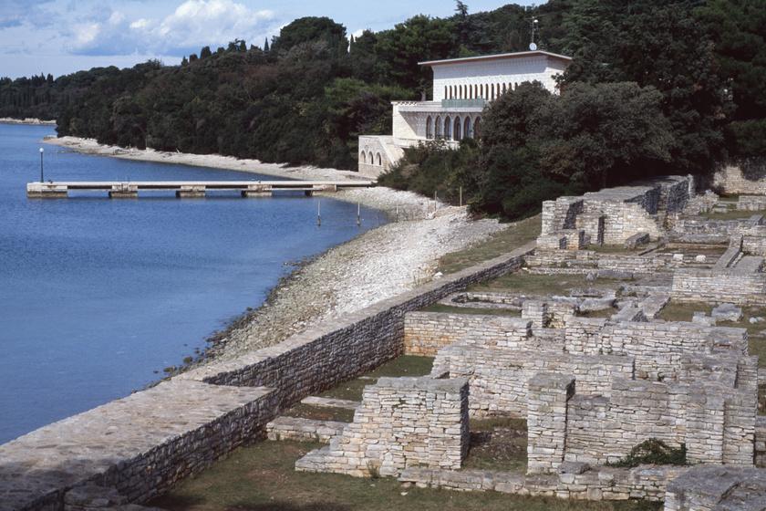 Bizánci romok és Tito egyik villája