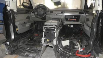 Így lesz újra eladó egy félbevágott, lopott Audi A8