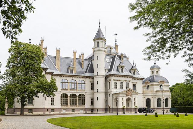 A felújított turai Schossberger-kastély