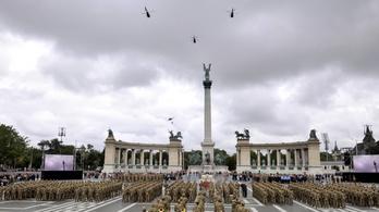 Altisztavatási ünnepség miatt vadászrepülők és helikopterek repkedtek Budapest felett