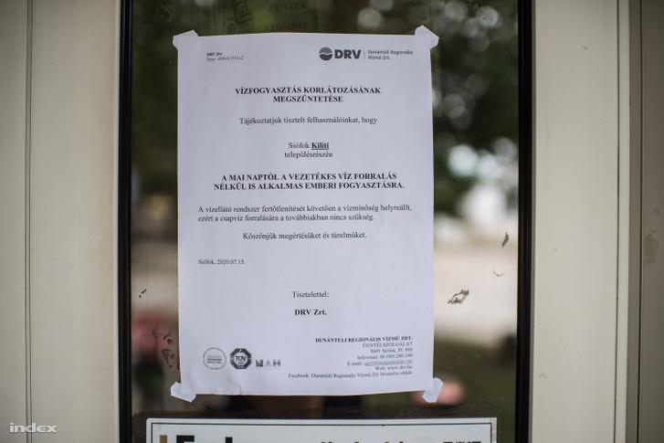 """""""Vízfogyasztás korlátozásának megszüntetése"""" - olvasható a vízmű legfrissebb értesítésén."""