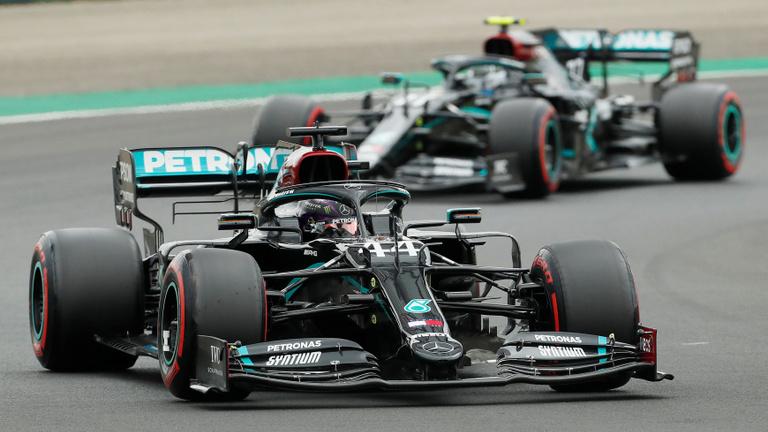 Hamilton nyolcadszor nyert a Magyar Nagydíjon