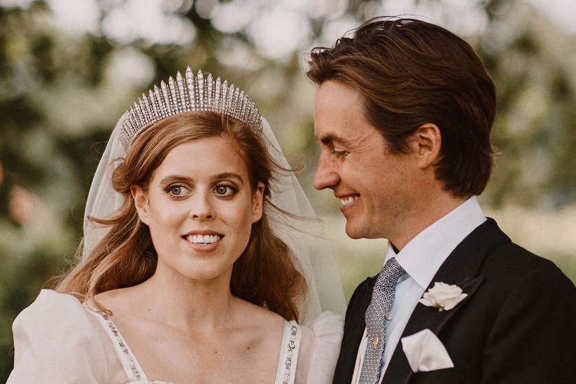 Beatrice hercegnő Erzsébet ruháját viselte esküvőjén: fotókon a királyi menyasszonyi ruhák