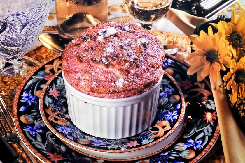 Gyors málnás szuflé: így készítve nem esik össze a tészta