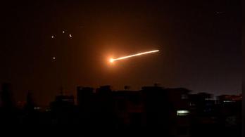Damaszkusz szerint izraeli vadászgépekre lőtt a szíriai légvédelem