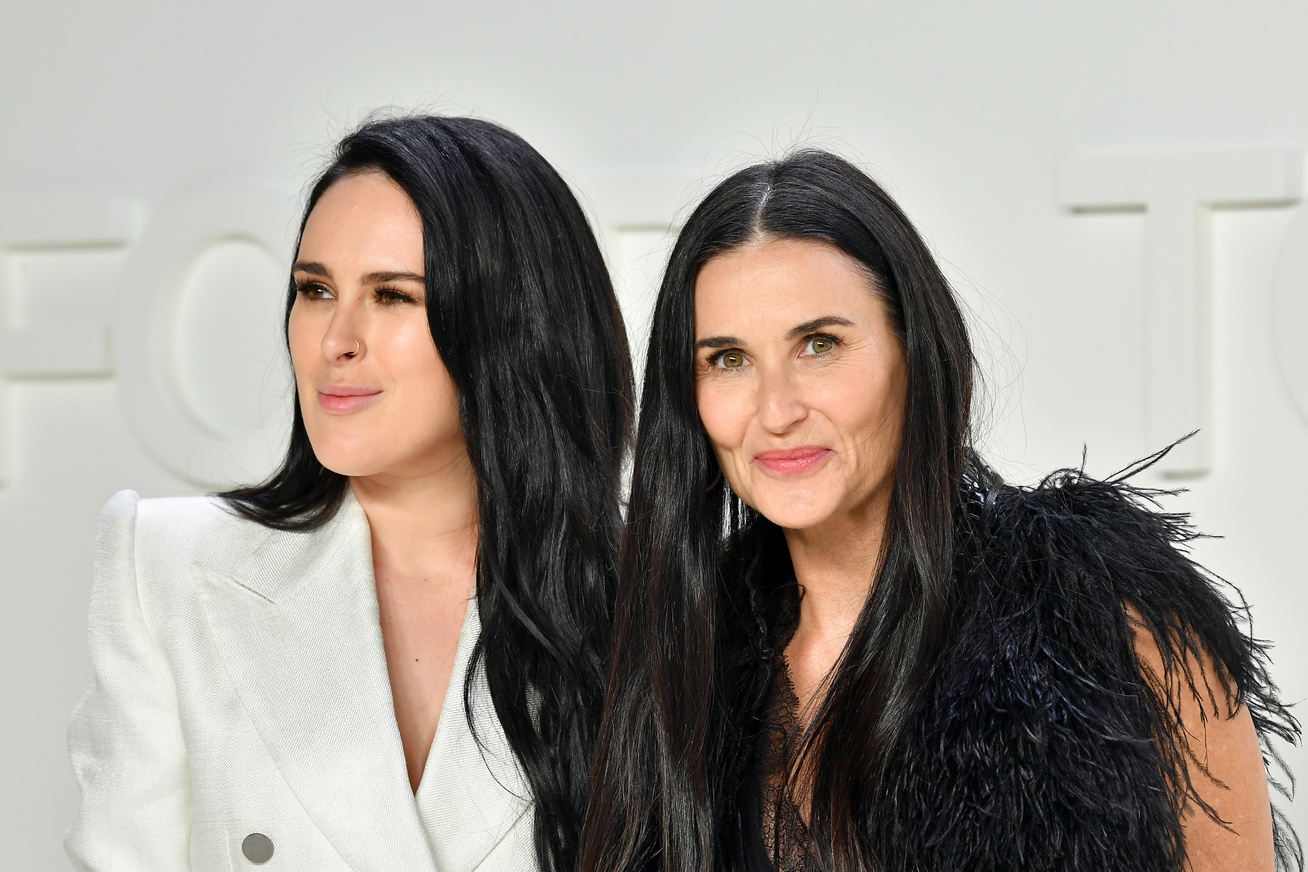 demi moore rumer willis cover