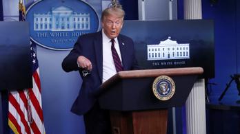 Trump: Lassan én is megbarátkozom a szájmaszkkal!