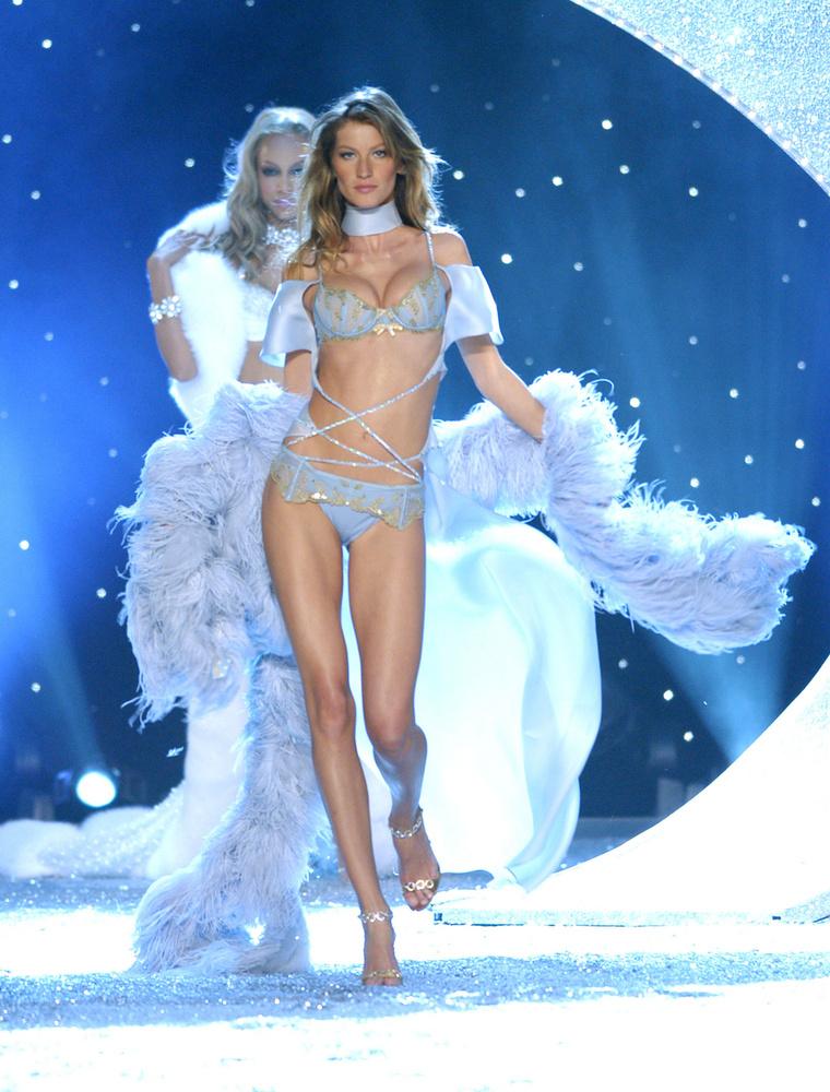 2004-től néhány éven át ő volt a világ legjobban kereső modellje