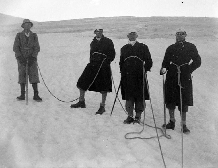 Az igazán elkötelezett túrázóknak viszont a hó sem jelenthetett akadályt
