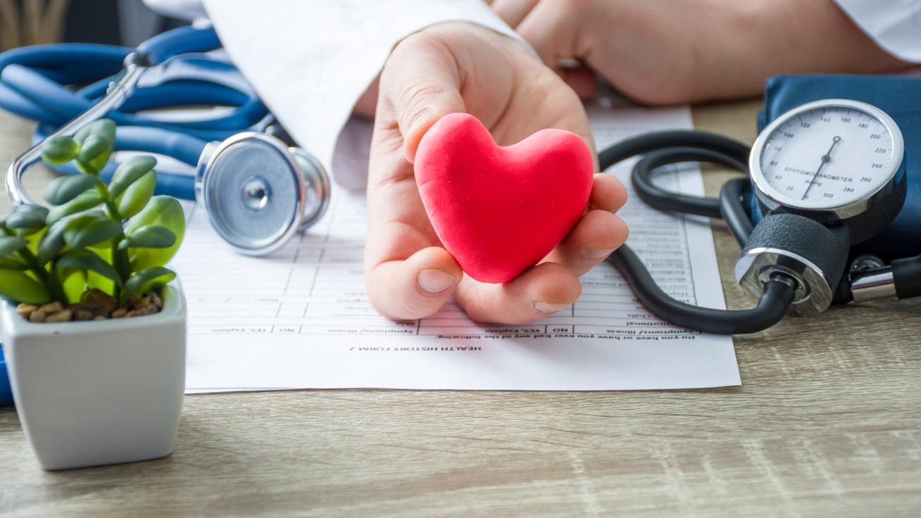 Mennyi idő alatt csökkenthető a magas vérnyomás? Szakorvos válaszolt a gyakran feltett kérdésre