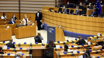 Az EP jelenlegi formájában megvétózza a tagállamok alkuját, az egyik ok a jogállamiság