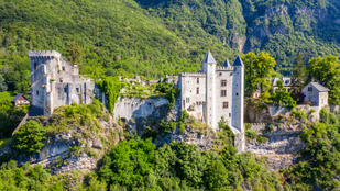 Eladó a vár, ahol a 18. század leghírhedtebb szexuális botrányhőse raboskodott