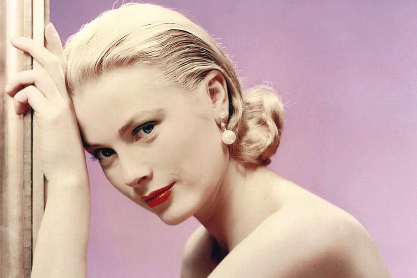 Grace Kelly fürdőruhás fotókon: a monacói hercegné itt még fiatal színésznő volt