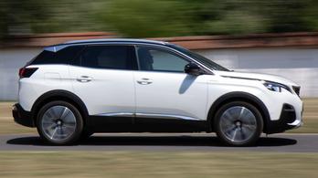 Teszt: Peugeot 3008 Hybrid4 - 2020.