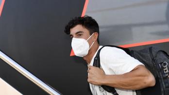 Mégsem fog öt nappal a műtétje után versenyezni a MotoGP-bajnok