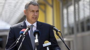 Lázár János az egyetlen jelölt a teniszszövetség elnöki posztjára