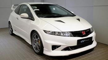 26 millió forintért eladó ez a tízéves Honda Civic