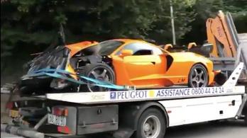 Ritka McLarent tört össze az ex-F1-es pilóta