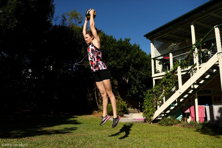 A Campbell-nővérekhez hasonlóan sok más sportoló szintén megmutatta, hogyan edz otthon a járvány miatti korlátozások ideje alatt