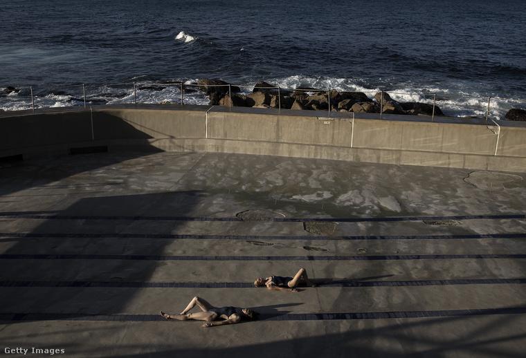 A kifejezetten művészi képek egy Bronte Baths nevű helyen készültek Sydney-ben.