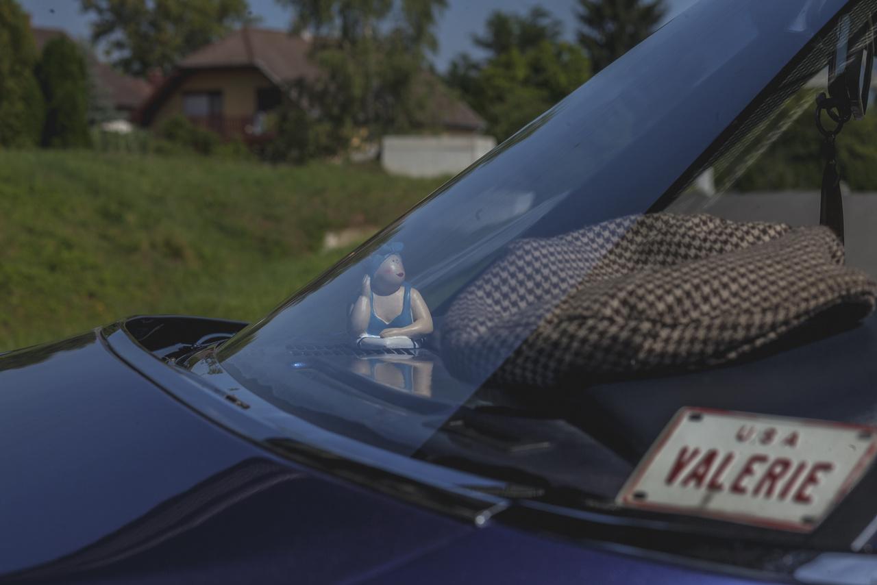 Tony autója, ami édesanyja előtt tisztelegve a Valerie nevet kapta, az 1965-től gyártott nyolcadik generáció utolsó évében, 1970-ben készült, 21110 másikkal együtt.