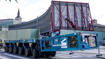 Eltávolítják Picasso betonfalképeit egy lebontásra ítélt norvég kormányépületről