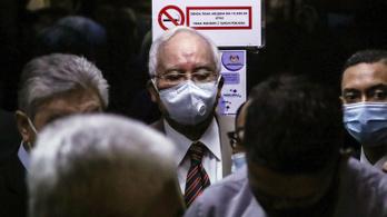 Elítélték a volt maláj kormányfőt az 1MDB korrupciós botrány első perében
