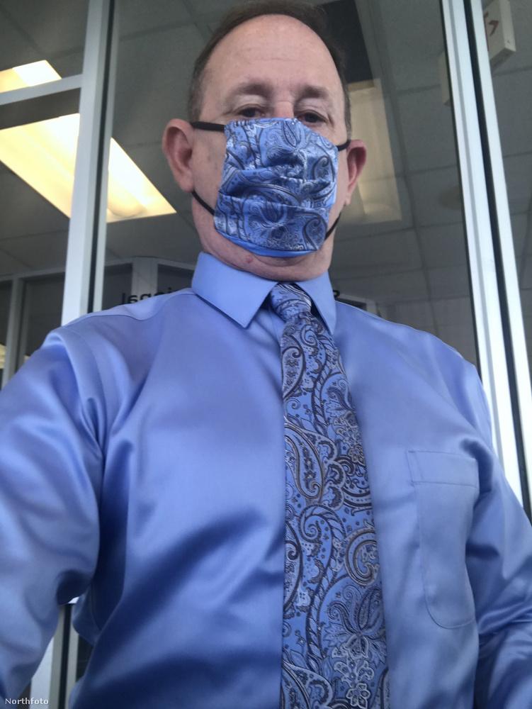 Na de honnan van Montgomery élettársának ennyi anyaga, ami mind pont passzol egy-egy nyakkendőhöz? Miből készülnek ezek a maszkok?