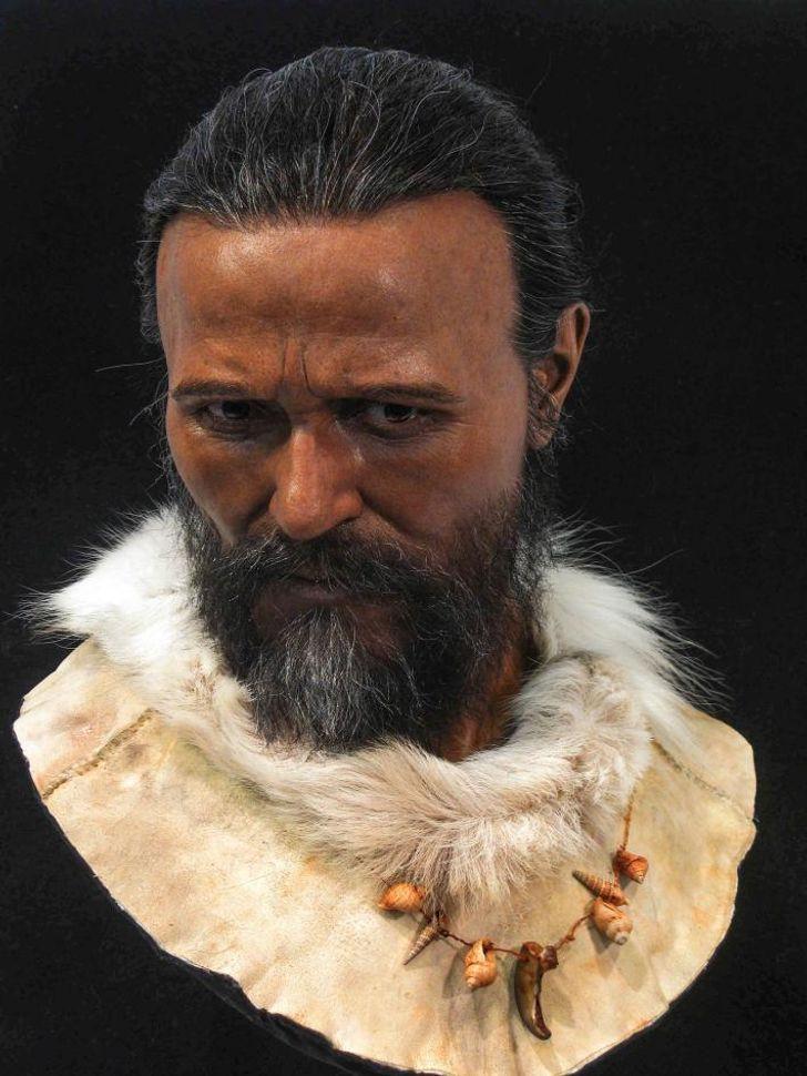 A cro-magnoni ember élethű mása, aki nagyjából 30 ezer évvel ezelőtt élhetett.
