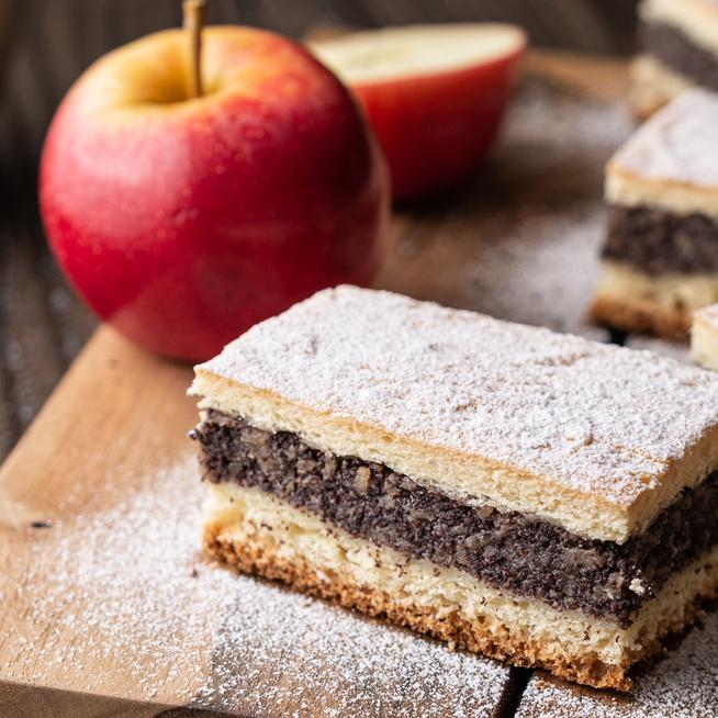 Omlós mákos pite a nagyi receptje szerint – A töltelék almától lesz szaftos