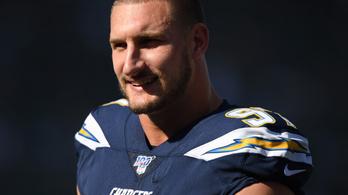 135 millió dollárt kereshet az NFL legjobban fizetett védője