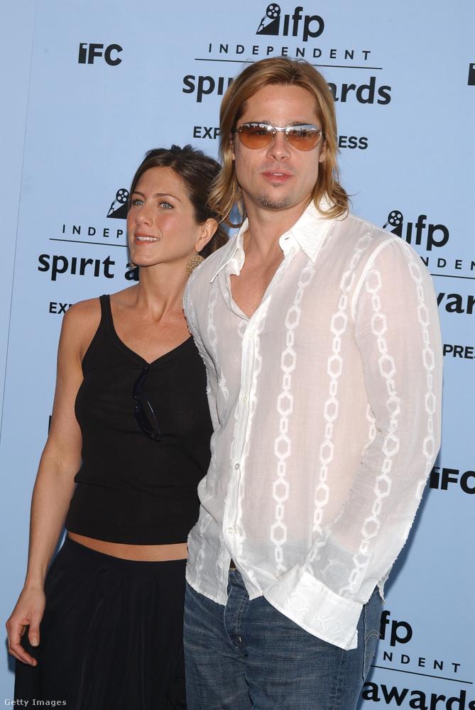 Brad Pitt filmkarrierjében egyébként ez egy elég csendes időszak volt, mert a 2001-es Ocean's Eleven és a 2004-es Trója között a színész nem játszott rendes főszerepet hollywoodi filmben, és a Tróját is csak azért vállalta el, mert az őt alkalmazó stúdiótól mondták neki, hogy játsszon már el valamit