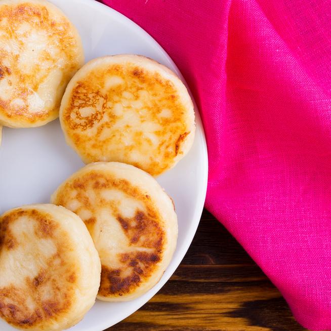 Puha, fűszeres, sajtos pufi palacsinta: csak össze kell keverni a hozzávalókat