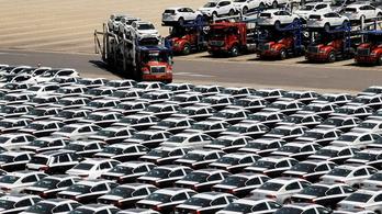 11 százalékos lehet az idei esés a világ legnagyobb autópiacán
