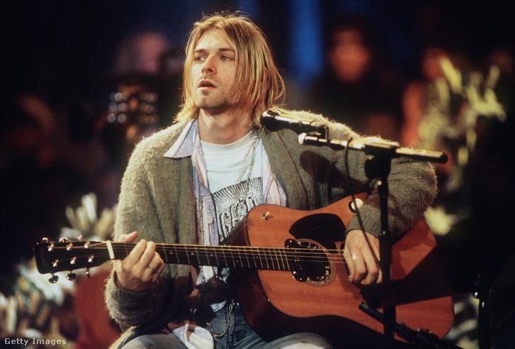 Kurt Cobain a Nirvana Unplugged felvételén New Yorkban 1993. november 18-án