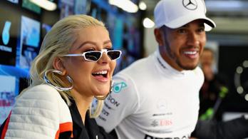 Lewis Hamilton XNDA álnéven, fű alatt építgette popkarrierjét