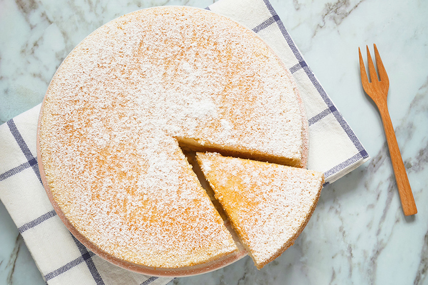 Pihe-puha piskóta joghurttal készítve – A tészta légies és habos lesz