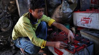 UNICEF: Több százmillió gyereket fenyeget az ólommérgezés