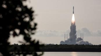 Sikeresen útnak indult a NASA marsjárója