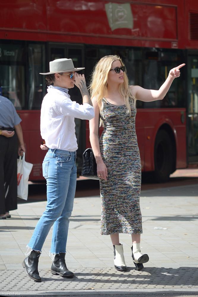 A 34 éves színésznő és 38 éves párja egy nyugis napot töltöttek a brit fővárosban, vagy legalábbis ennél többet a Daily Mail sem tud róluk.